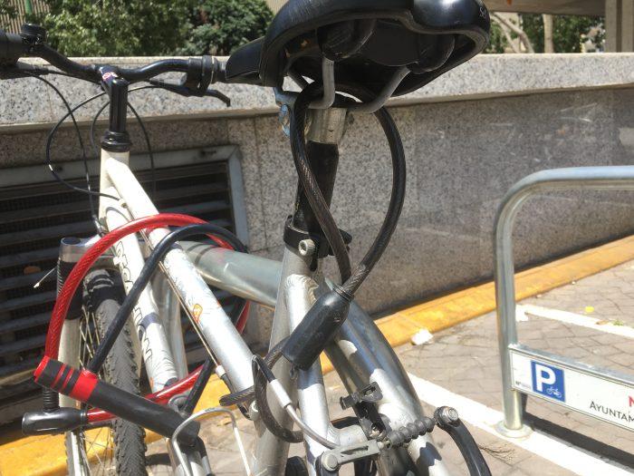 スペイン スリ 盗み 泥棒 自転車 セビージャ