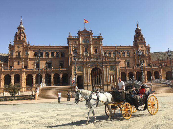 スペイン セビージャ 観光 スポット 楽しい オススメ 在住者 私 充実 満足 本